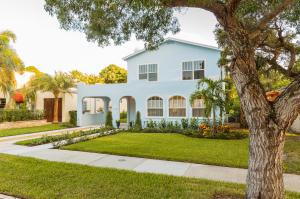 Casa Unifamiliar por un Venta en 738 Biscayne Drive 738 Biscayne Drive West Palm Beach, Florida 33401 Estados Unidos
