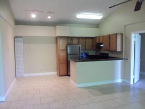 Additional photo for property listing at 821 Lyons Road 821 Lyons Road Coconut Creek, Florida 33063 United States