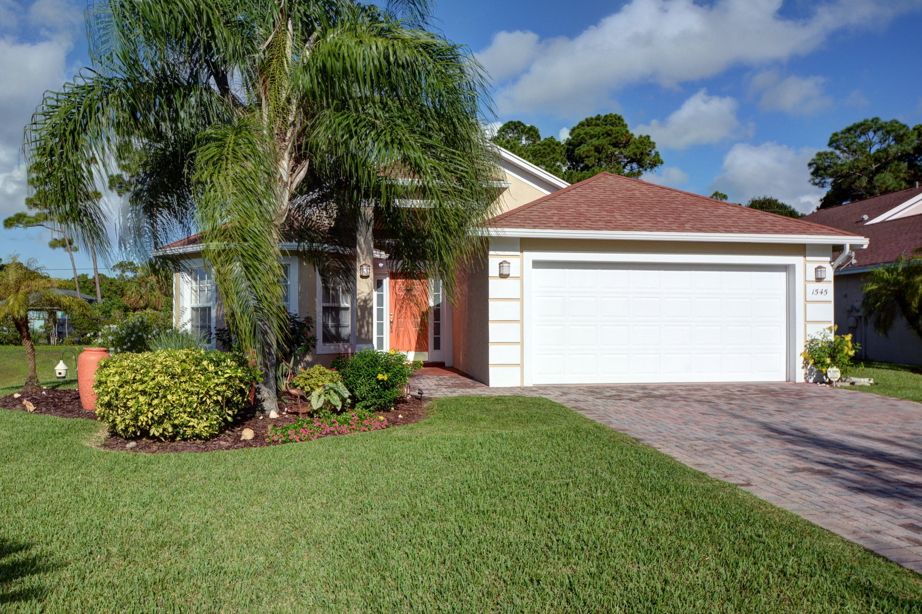 1545 16th Vero Beach 32962
