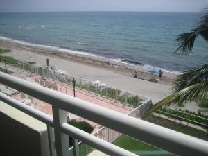 共管式独立产权公寓 为 出租 在 Hillsboro Imperial, 1199 Hillsboro Mile 希尔斯波罗海滩, 佛罗里达州 33062 美国