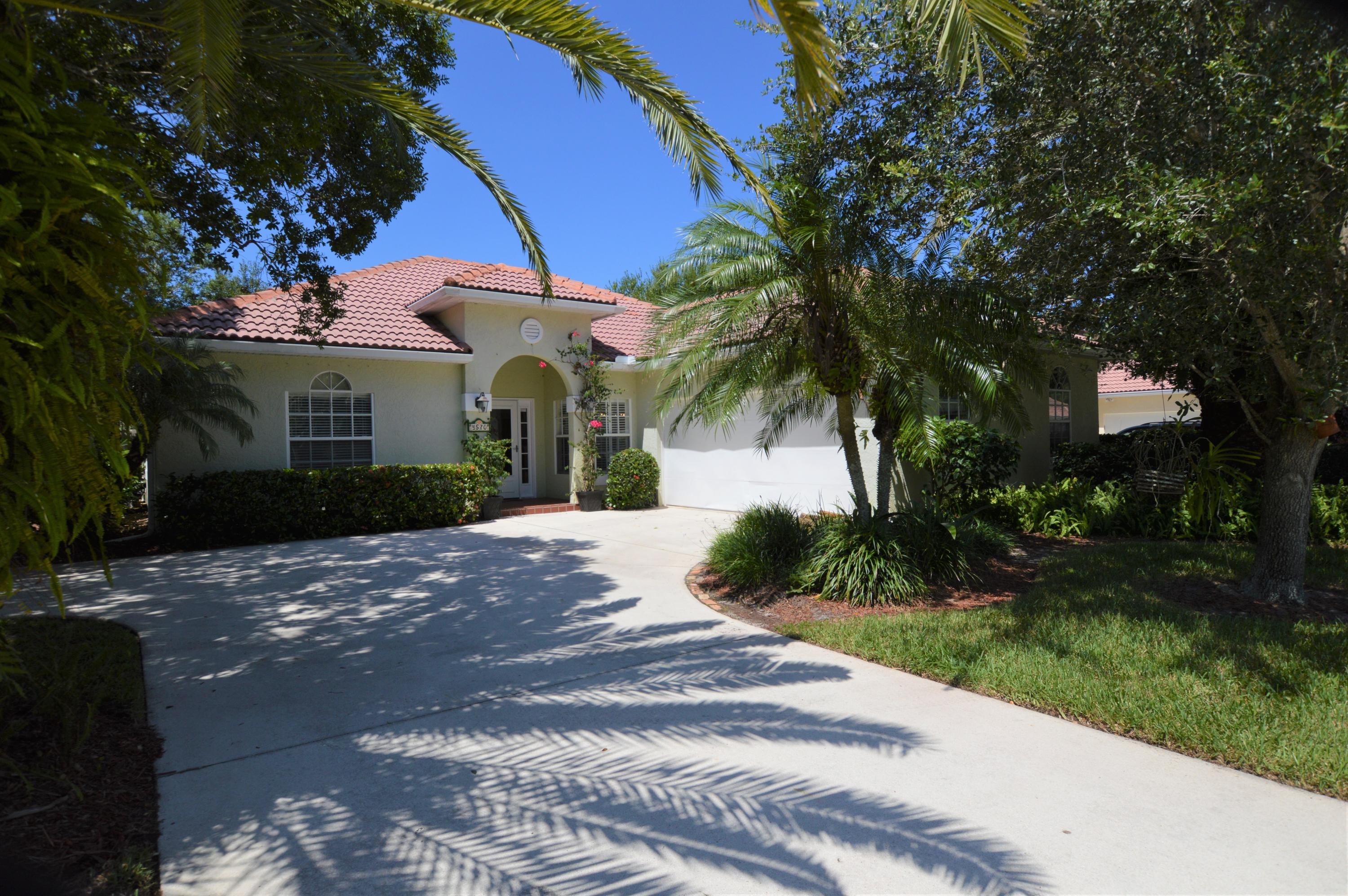 4570 22nd Vero Beach 32966