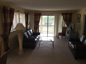 Additional photo for property listing at 510 Brackenwood Place 510 Brackenwood Place Palm Beach Gardens, Florida 33418 United States