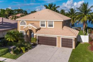 独户住宅 为 出租 在 RAINBOW LAKES / Le Palais, 9150 Chianti Court 9150 Chianti Court 博因顿海滩, 佛罗里达州 33472 美国