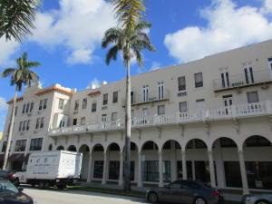 Appartement en copropriété pour l à louer à 235 Sunrise Avenue 235 Sunrise Avenue Palm Beach, Florida 33480 États-Unis