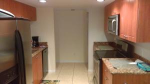 Additional photo for property listing at 820 Lavers Circle 820 Lavers Circle Delray Beach, Florida 33444 Estados Unidos