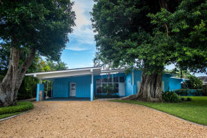 Single Family Home for Rent at Jupiter Inlet Beach Colony, 181 Beacon Lane 181 Beacon Lane Jupiter Inlet Colony, Florida 33469 United States