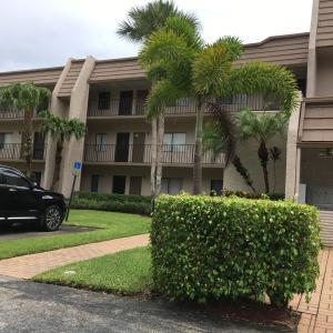 Additional photo for property listing at 4801 Esedra Court 4801 Esedra Court Lake Worth, Florida 33467 États-Unis