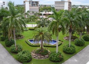 شقة بعمارة للـ Rent في Barclay, 3546 S Ocean Boulevard South Palm Beach, Florida 33480 United States