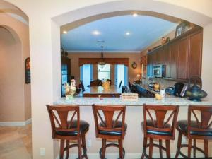 Additional photo for property listing at 461 Cresta Circle 461 Cresta Circle West Palm Beach, Florida 33413 Vereinigte Staaten