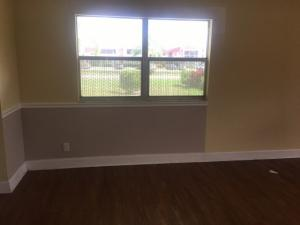 Additional photo for property listing at 214 Valencia 214 Valencia Delray Beach, Florida 33446 United States