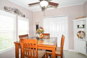 Additional photo for property listing at 7079 Carrotwood Lane 7079 Carrotwood Lane Stuart, Florida 34997 United States