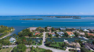House for Sale at 6 Island Road Sewalls Point, Florida 34996 United States