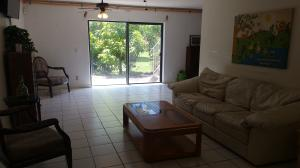 Additional photo for property listing at 11820 49th Street 11820 49th Street West Palm Beach, Florida 33411 États-Unis