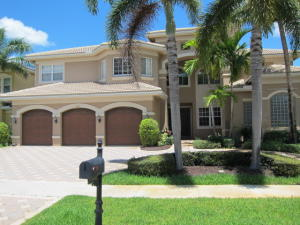 واحد منزل الأسرة للـ Sale في 11861 Windmill Lake Drive Boynton Beach, Florida 33473 United States