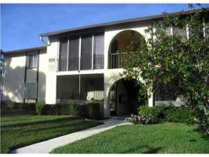 Condominium for Rent at Pine Ridge South village IV, 422 Pine Glen Lane 422 Pine Glen Lane Greenacres, Florida 33463 United States