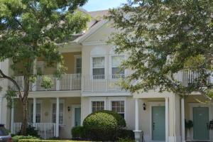 Maison accolée pour l à louer à 161 E Thatch Palm Circle 161 E Thatch Palm Circle Jupiter, Florida 33458 États-Unis
