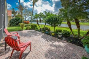 Casa para uma família para Venda às 13242 Solana Beach Cove 13242 Solana Beach Cove Delray Beach, Florida 33446 Estados Unidos