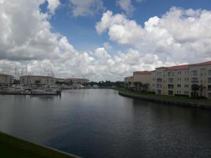 Appartement en copropriété pour l à louer à 17 Harbour Isle Drive Hutchinson Island, Florida 34949 États-Unis