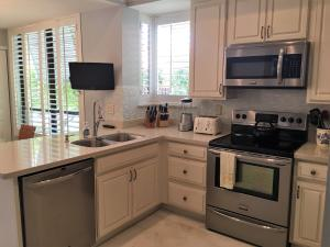 Additional photo for property listing at 112 Old Meadow Way 112 Old Meadow Way Palm Beach Gardens, Florida 33418 États-Unis