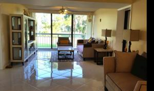 Additional photo for property listing at 6169 Balboa Circle 6169 Balboa Circle Boca Raton, Florida 33433 Estados Unidos