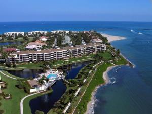 Appartement en copropriété pour l Vente à 2814 SE Dune Drive 2814 SE Dune Drive Stuart, Florida 34996 États-Unis