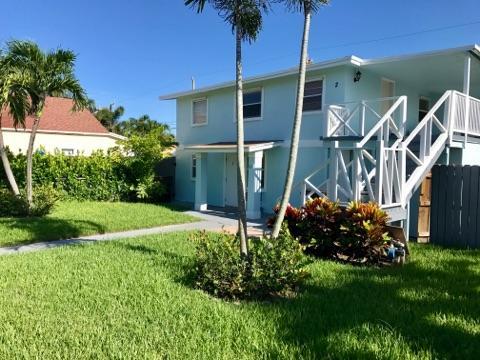 812 W Lakewood Road West Palm Beach, FL 33405 photo 2