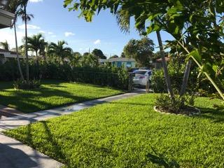 812 W Lakewood Road West Palm Beach, FL 33405 photo 12