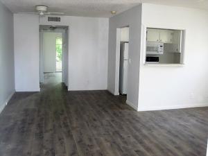 Additional photo for property listing at 233 Farnham J 233 Farnham J Deerfield Beach, Florida 33442 United States