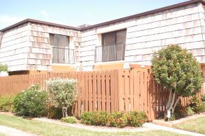 Property for sale at 971 Springdale Circle, Palm Springs,  FL 33461