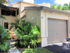 Condomínio para Locação às 1812 SW 53rd Avenue Plantation, Florida 33317 Estados Unidos