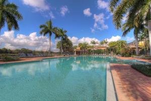 Additional photo for property listing at 590 Amador Lane 590 Amador Lane West Palm Beach, Florida 33401 United States