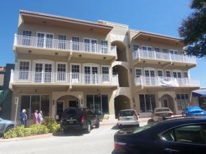 Condominium for Sale at 47 SW Osceola Street 47 SW Osceola Street Stuart, Florida 34994 United States