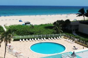 Condominium for Rent at 2800 N Ocean Drive 2800 N Ocean Drive Singer Island, Florida 33404 United States