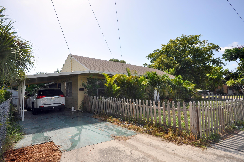 5000 Spruce Avenue West Palm Beach, FL 33407