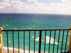 Condominium for Rent at 2800 N Ocean Drive 2800 N Ocean Drive Singer Island, Florida 33404 United States