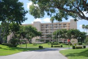 Additional photo for property listing at 6866 Huntington Lane 6866 Huntington Lane Delray Beach, Florida 33446 United States