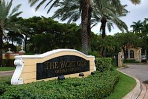 Maison accolée pour l à louer à 117 Yacht Club Way 117 Yacht Club Way Hypoluxo, Florida 33462 États-Unis