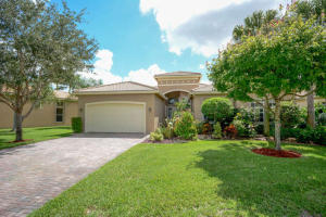 Single Family Home for Sale at 8651 Tierra Lago Cove Lake Worth, Florida 33467 United States