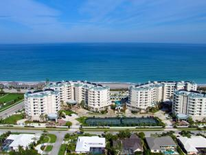 Condominium for Sale at 131 Ocean Grande Blvd 131 Ocean Grande Blvd Jupiter, Florida 33477 United States