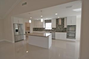 独户住宅 为 出租 在 Sanderling, 4447 Sanderling Circle 4447 Sanderling Circle 博因顿海滩, 佛罗里达州 33436 美国