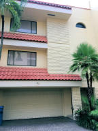 Townhouse for Rent at 1401 NE 9th Street 1401 NE 9th Street Fort Lauderdale, Florida 33301 United States