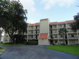 Condominium for Rent at SENATE, 2500 Presidential Way 2500 Presidential Way West Palm Beach, Florida 33401 United States