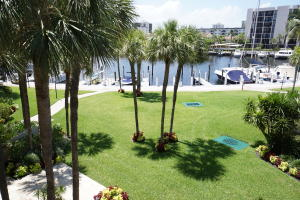 Additional photo for property listing at 2707 N Ocean Boulevard 2707 N Ocean Boulevard Boca Raton, Florida 33431 United States