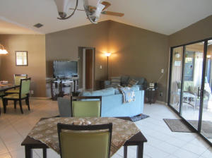 Additional photo for property listing at 1127 E Seminole Avenue 1127 E Seminole Avenue Jupiter, Florida 33477 Estados Unidos