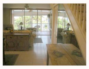 Additional photo for property listing at 353 S Us Highway 1 353 S Us Highway 1 Jupiter, Florida 33477 États-Unis