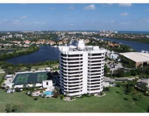 Condominio por un Alquiler en JONATHAN'S LANDING, 3322 Casseekey Island Road 3322 Casseekey Island Road Jupiter, Florida 33477 Estados Unidos