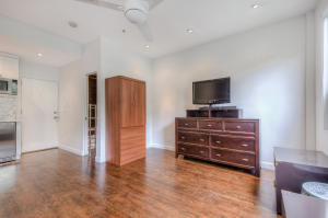 Additional photo for property listing at 235 Sunrise Avenue 235 Sunrise Avenue Palm Beach, Florida 33480 Vereinigte Staaten