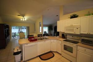 Additional photo for property listing at 13817 Norwick Street 13817 Norwick Street Wellington, Florida 33414 United States