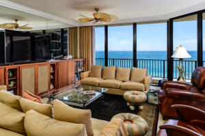 Additional photo for property listing at 570 Ocean Drive 570 Ocean Drive Juno Beach, Florida 33408 United States