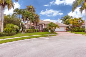 واحد منزل الأسرة للـ Sale في 10529 Maple Chase Drive 10529 Maple Chase Drive Boca Raton, Florida 33498 United States